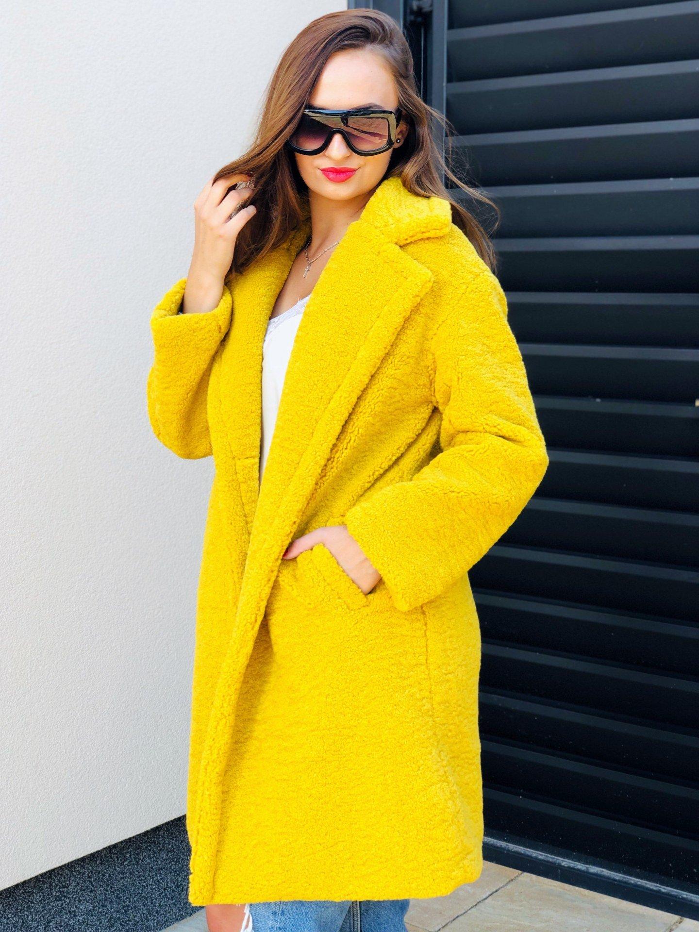 Vaj színű Teddy kabát | WEBmoda.hu